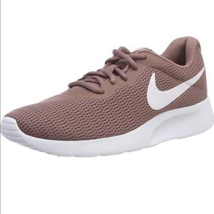 Nike Tanjun Pink Running Gym Workout Shoe Trainers